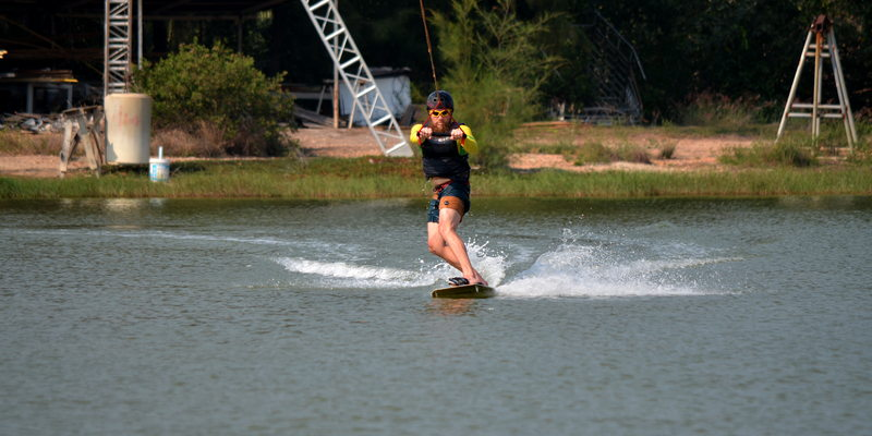photo wakeboard in Pak Nam Pran