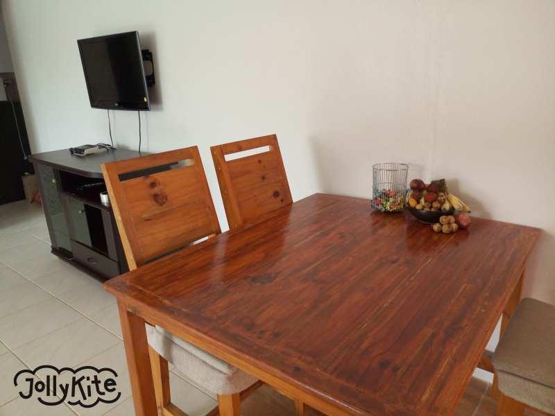 Апартаменты гостинная стол с фруктами Пак нам пран Таиланд фото